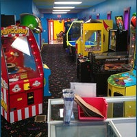 Photo taken at Castle Cove Mini Golf & Arcade by Castle Cove Mini Golf & Arcade on 9/8/2014