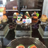 Photo taken at Cupcake and Things Bakery by Cyn on 10/5/2017