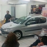 Photo taken at Colortop Suprimentos para Comunicação Visual by Leonardo R. on 8/27/2014