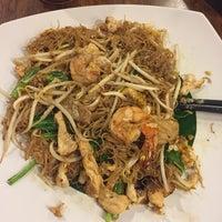Photo taken at Penang Restaurant by Hendro K. on 6/7/2017