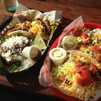 Das Foto wurde bei Torchy's Tacos von Ava am 5/26/2013 aufgenommen