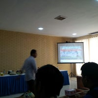 Photo taken at Ballroom Hotel Sarbini Menggala by Muhammad Roby46 on 9/16/2014