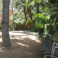 Photo prise au Jardins del Palau Robert par Xavi S. le5/18/2013