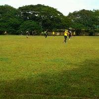 Photo taken at JPS Futsal Ampang by Aenn J. on 10/8/2016