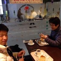 Photo taken at イタリアントマトカフェ 赤羽スズラン通り店 by Yuichiro N. on 11/30/2013