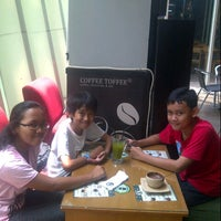 Photo taken at Coffee Toffee by Adrian R. on 11/10/2012
