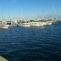 Foto tomada en Puerto de Valencia por Elsociologo A. el 7/27/2013