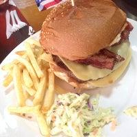 Photo taken at Hamburguesas Gourmet 1834 by Jose D. on 2/8/2014