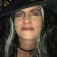 รูปภาพถ่ายที่ The Grapevine Restaurant โดย John G. เมื่อ 10/31/2012