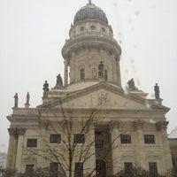 12/22/2012 tarihinde Markusziyaretçi tarafından Französischer Dom'de çekilen fotoğraf