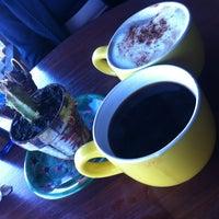 Foto tomada en Looney Bean Coffee por Shelly el 3/20/2013