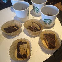 Photo taken at Starbucks by Lici B. on 9/29/2013