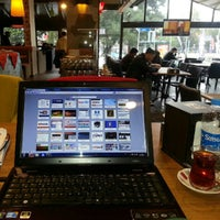 3/16/2013 tarihinde Kemal E.ziyaretçi tarafından Göztepe Kahvesi'de çekilen fotoğraf