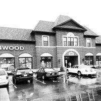 Photo taken at Kenwood Liquors - Homer Glen by Tom H. on 12/20/2012