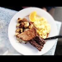 Снимок сделан в Dizzy's Diner пользователем Vera 3/30/2013