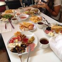 10/21/2012 tarihinde Gamze G.ziyaretçi tarafından Pia Food Factory'de çekilen fotoğraf