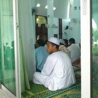 Photo taken at Masjid Al-Hijrah by Ryo Y. on 10/26/2012