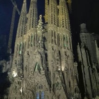 Das Foto wurde bei Sagrada Família von Hei T. am 10/5/2015 aufgenommen
