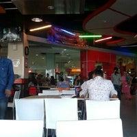 Photo taken at KFC by Dhe C. on 1/26/2013