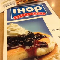 Photo taken at IHOP by Jinyeong on 1/15/2013
