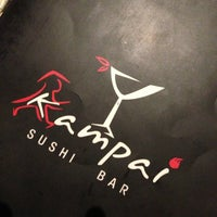 4/25/2013 tarihinde Danielziyaretçi tarafından Kampai Sushi Bar'de çekilen fotoğraf