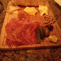 Photo taken at Brooklyn Heights Wine Bar by Wilber on 12/22/2013