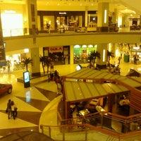 Foto tomada en La Gran Plaza Fashion Mall por Emmanuelle B. el 2/16/2013