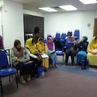 Photo taken at Maybank by Hamid Y. on 10/17/2012