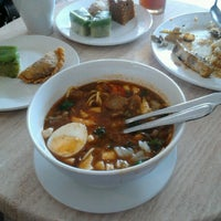 Photo taken at Restoran Bawang Merah by Chinta A. on 2/11/2013