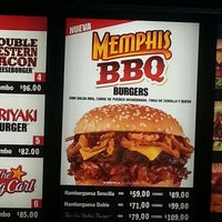 Photo taken at Carl's Jr. by Erick P. on 1/23/2013