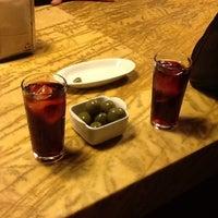 11/14/2013 tarihinde Alina S.ziyaretçi tarafından Can Cisa / Bar Brutal'de çekilen fotoğraf