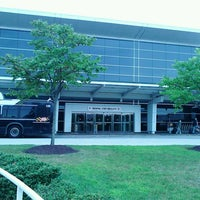 Photo taken at BWI Rental Car Shuttle by Shelley Wilaine T. on 8/23/2013