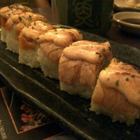 Foto tirada no(a) Sushi Tei por Christina T. em 1/4/2013