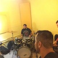 Foto tirada no(a) Estúdio 785 por Eduardo C. em 11/7/2015