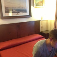 Foto scattata a Hotel Des Artistes da Шура К. il 7/29/2013