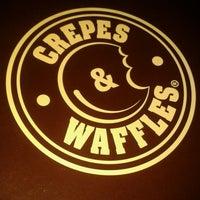 Photo prise au Crepes & Waffles par Andrés Mauricio G. le8/6/2013