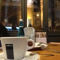 1/5/2013 tarihinde Ebruziyaretçi tarafından Lavazza'de çekilen fotoğraf