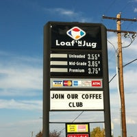 Photo taken at Loaf And Jug by Rob M. on 9/29/2012