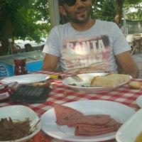 Das Foto wurde bei Amazon Restaurant von Olgun.y am 8/9/2015 aufgenommen