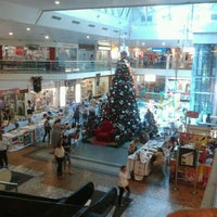 Photo taken at Center Um Shopping by Bruno M. on 12/7/2012