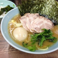 Photo taken at 武蔵家 中野本店 by dolly on 10/9/2012