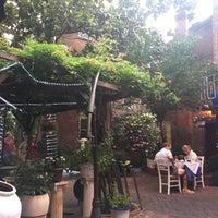 Photo taken at Taverna Cretekou by Erin on 6/24/2017