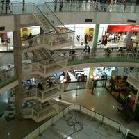 Foto tirada no(a) North Shopping Fortaleza por Renato em 9/15/2012