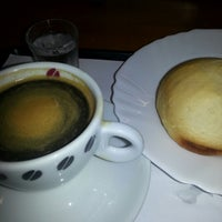 Photo taken at Café Do Ponto by Paty P. on 1/21/2013