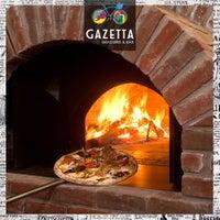 5/10/2017 tarihinde Gazetta Brasserie - Pizzeriaziyaretçi tarafından Gazetta Brasserie - Pizzeria'de çekilen fotoğraf