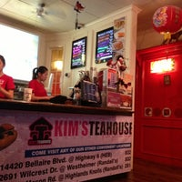 Foto scattata a Kim's Tea House da Adrian il 12/9/2012
