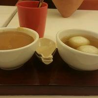 Photo taken at Sweet Bean (糖黐豆) by Brian C. on 9/22/2016