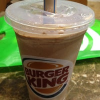 Photo taken at Burger King by Suelayne B. on 1/13/2013