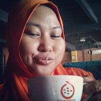 Photo taken at D'Orange Coffee Bung Tomo by Santhie s. on 4/18/2014