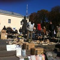 Photo taken at Книжковий ярмарок біля Федорова by Екатерина on 10/21/2012
